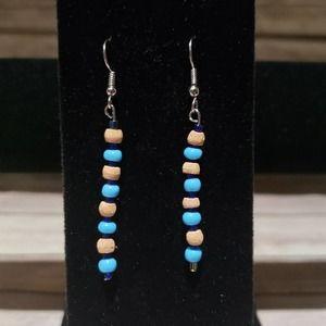 Vtg Handmade Beaded Dangle earrings